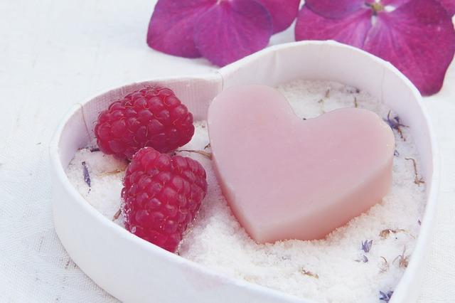 Dlaczego warto korzystać z ekologicznych kosmetyków?