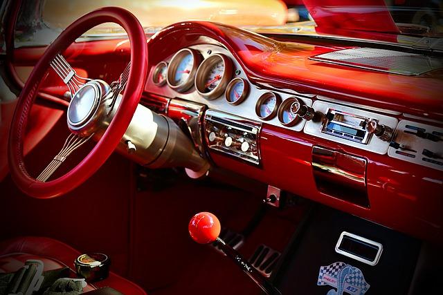 W jakich okolicznościach należy pomyśleć o wymianie tapicerki w samochodzie?