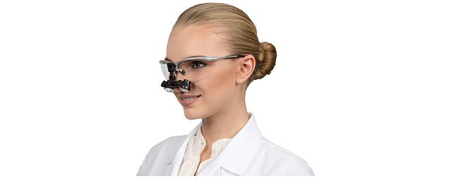 Materiały stomatologiczne dla gabinetu dentystycznego – w jakim sklepie kupić?