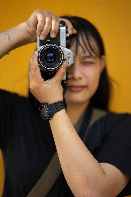 Kompleksowa sesja zdjęciowa z fotografem w Sochaczewie – co można zrobić w plenerze
